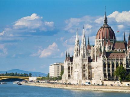 Maďarsko - Budapešť a okolí - Visegrád, jezero Velence, střední Maďarsko