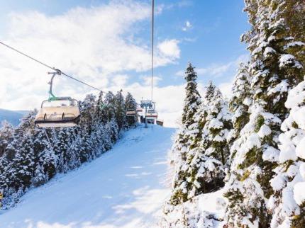 Bulharsko - lyže - Bansko