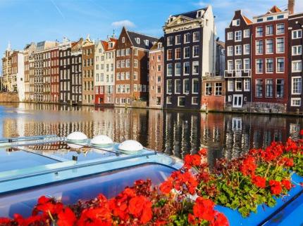Holandsko - zem� tulip�n� a kv�tinov� korzo