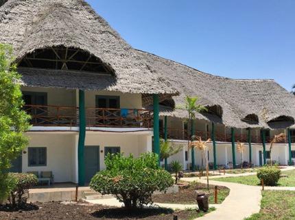 Kiwenwga Beach Resort