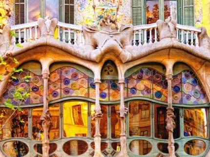 Po stopách slavných architektů a malířů Katalánska, za uměním i mořem